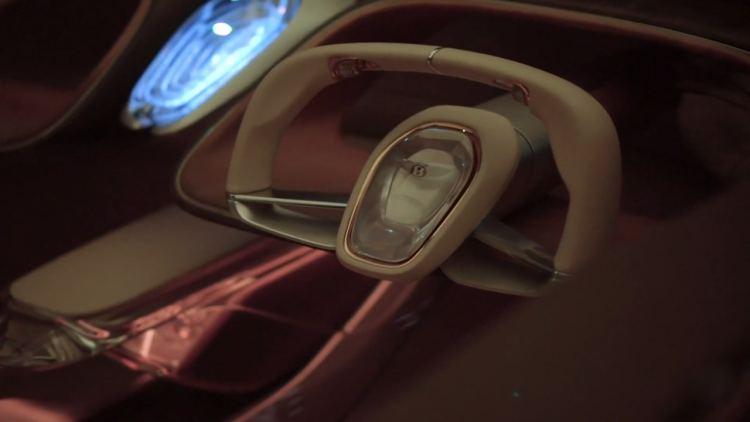 Rectractable steering wheel