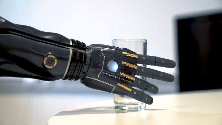 Bionic arm dialy chores