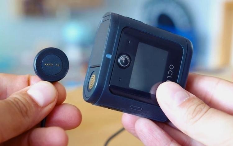 Oclu magnetic usb charging