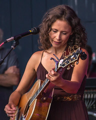 Sarah Lee Guthrie; Long's Park 2017