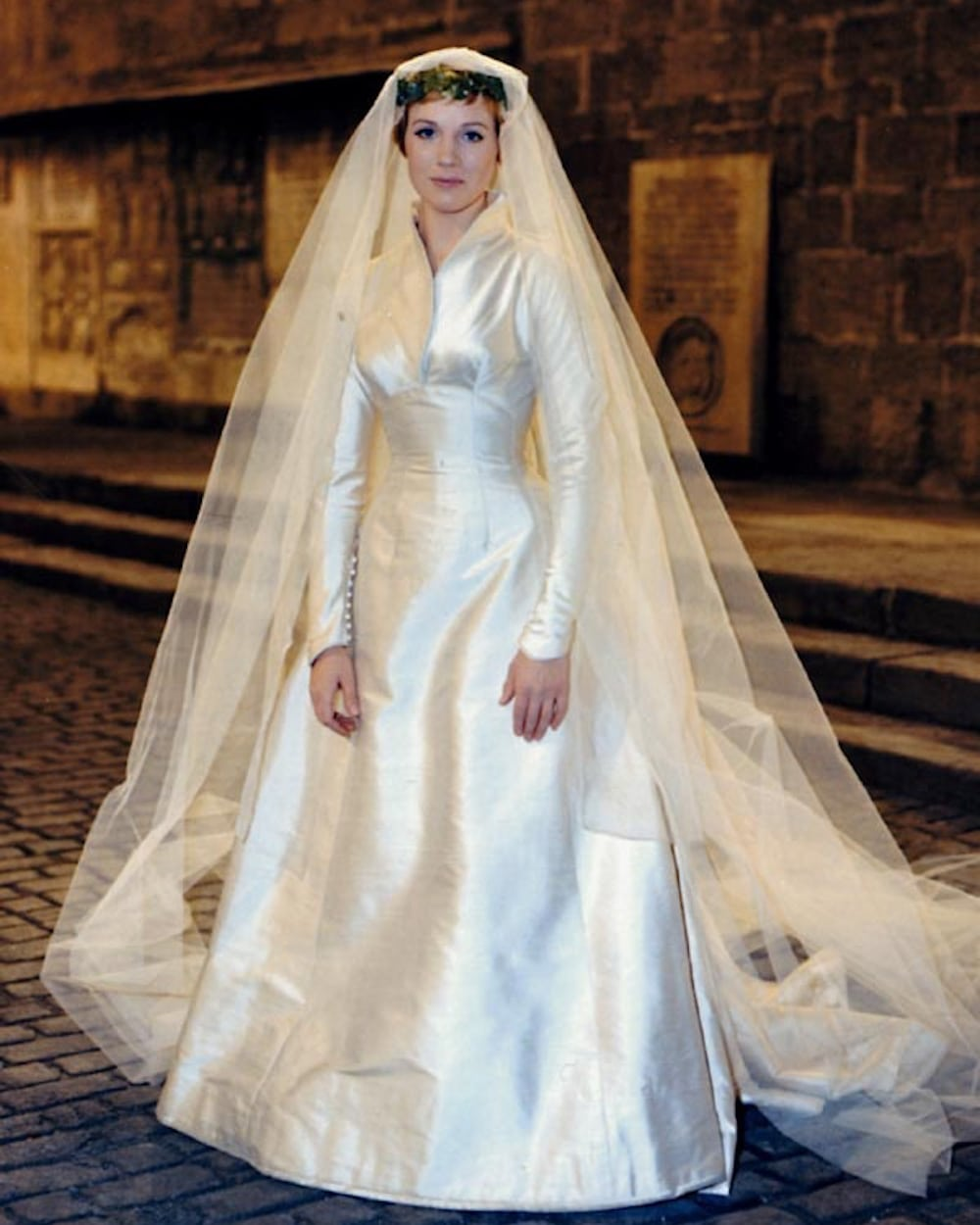 Another 5 Memorable Movie Wedding Dresses