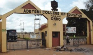 Adeyemi College student slumps, dies