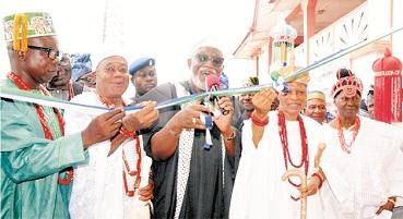 Oba-Idoani road 'll be constructed next year – Akeredolu