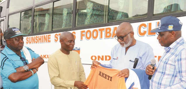 ODSG presents 33-seater bus to ODSFA