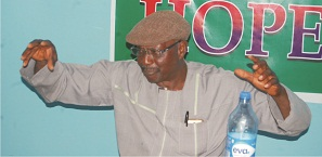 Youth will massively move to farm if govt declares agric for salary – Oyebade