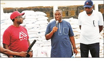 Bank donates palliative items to ODSG