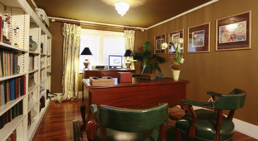 Lamberts Cove Inn Massachusetts USA The Hotel Guru