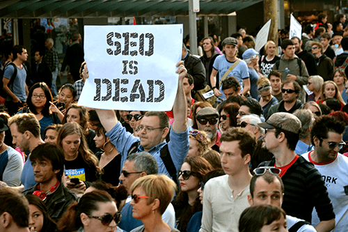 Former SEOs form large groups in protest of Google's new changes.