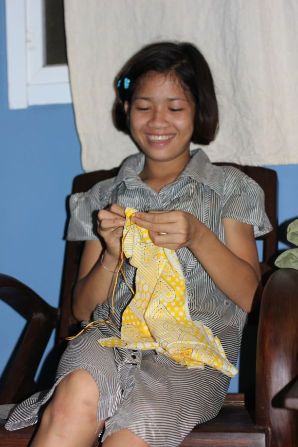 2013-08-14-sewing-091