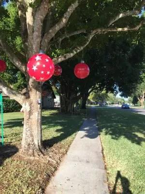 DIY Giant Christmas Balls