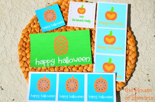 Halloween Printables - for a quick tag or sticker./ You can personalize them with your name