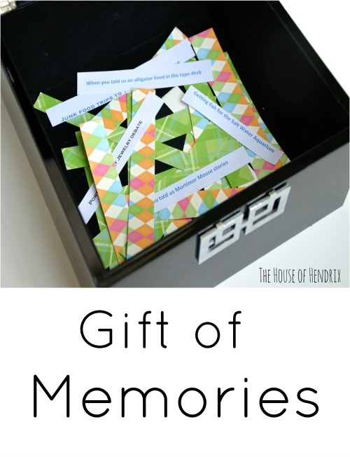 Perfect sentimental gift for the parent, grandparent, and loved one. Fill a chest with memories and enjoy the experience of reminiscing together. Check out how to involve your kids. | the House of Hendrix #fathersday