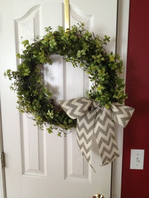 Easy Farmhouse Wreath DIY