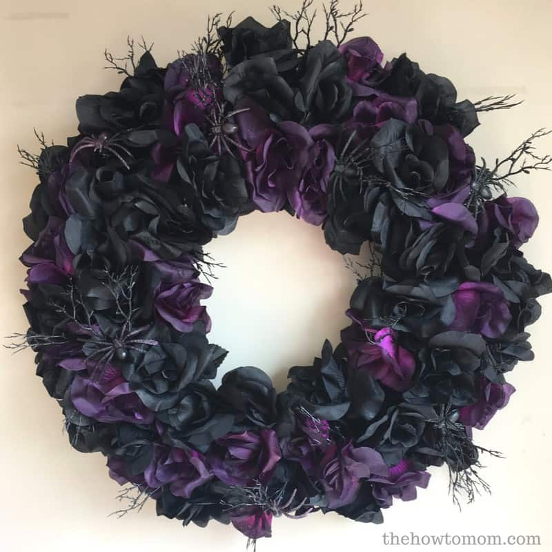 Creepy Gothic Halloween Wreath DIY