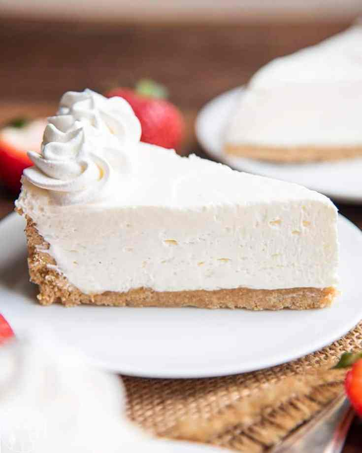 No Bake Cheesecake (with Strawberry Sauce)