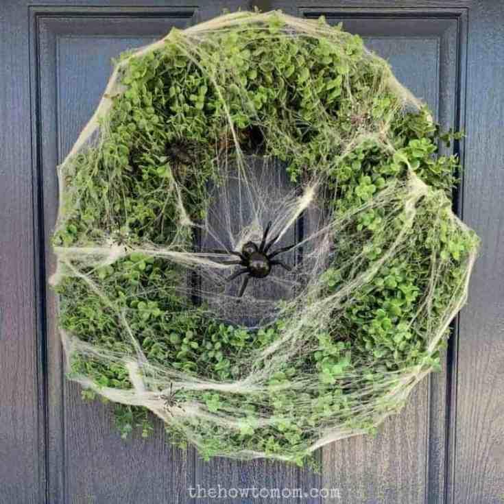 Easy DIY Spiderweb Wreath