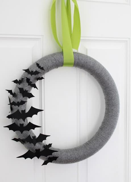 Minimalist Bat Wreath