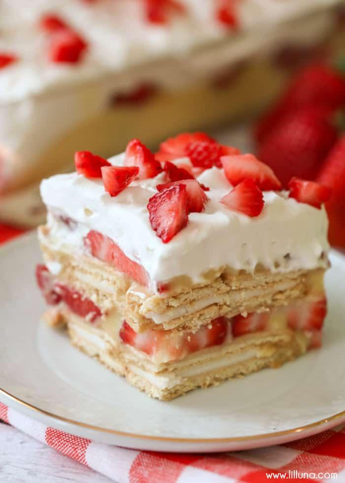 NO BAKE Strawberry Shortcake