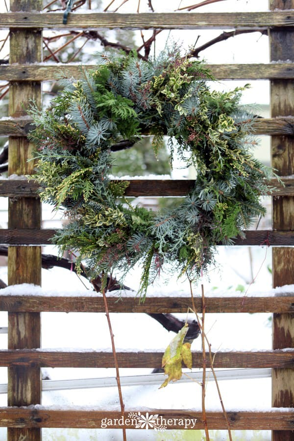 How to Make a Foraged Fresh Wreath