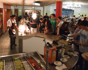 FILE PHOTO: ALEXANDER BROWN/THE HOYA The university is considering requiring students to purchase a meal plan for three years, an extension of the current two-year mandate.
