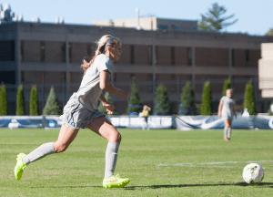 JULIA HENNRIKUS/ THE HOYA  Freshman defender Drew Topor scored the first goal of her college career Sunday against Villanova.