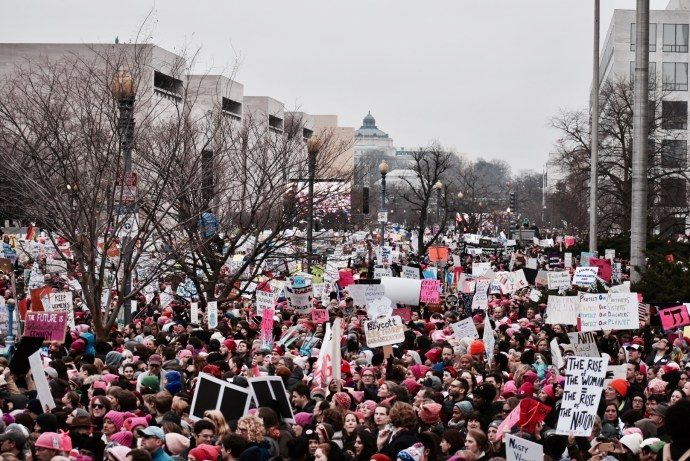 JESUS RODRIGUEZ/THE HOYA At about 2:30 p.m., Women's March on Washington protesters filled Independence Ave. as they marched to the White House.
