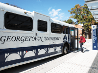 ALI ENRIGHT FOR THE HOYA Graduate students who take the Rosslyn shuttle to the main campus on weekends must now choose between engaging in longer, more expensive commutes or refrain from weekend activities.