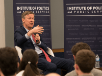 KEENAN SAMWAY FOR THE HOYA Gov. John Hickenlooper (D-Colo.) discussed his belief in the importance of bi-partisan cooperation and clean campaigns.