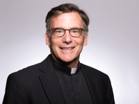 SANTA CLARA UNIVERSITY   Former Georgetown Vice President of Mission and Ministry Fr. Kevin O'Brien, S.J., (CAS '88) oversaw the largest interfaith campus ministry of any institution and was awarded the 2016 Dorothy Brown Award for Excellence in Teaching for his work as a theology professor while at Georgetown.