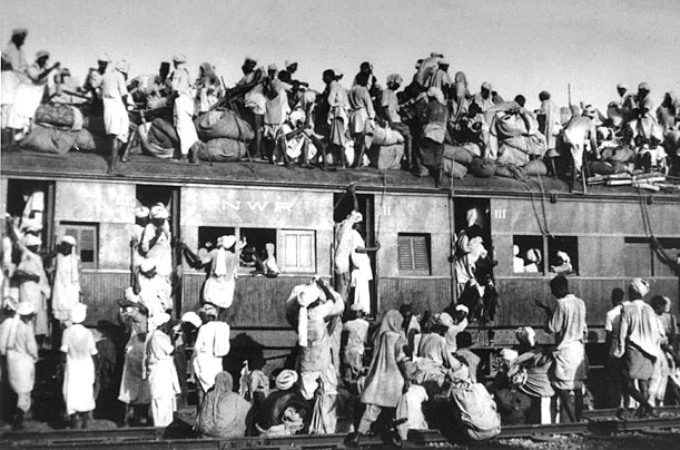People moving from Lahore to the newly-formed India after the partition. Image credit: Wikimedia