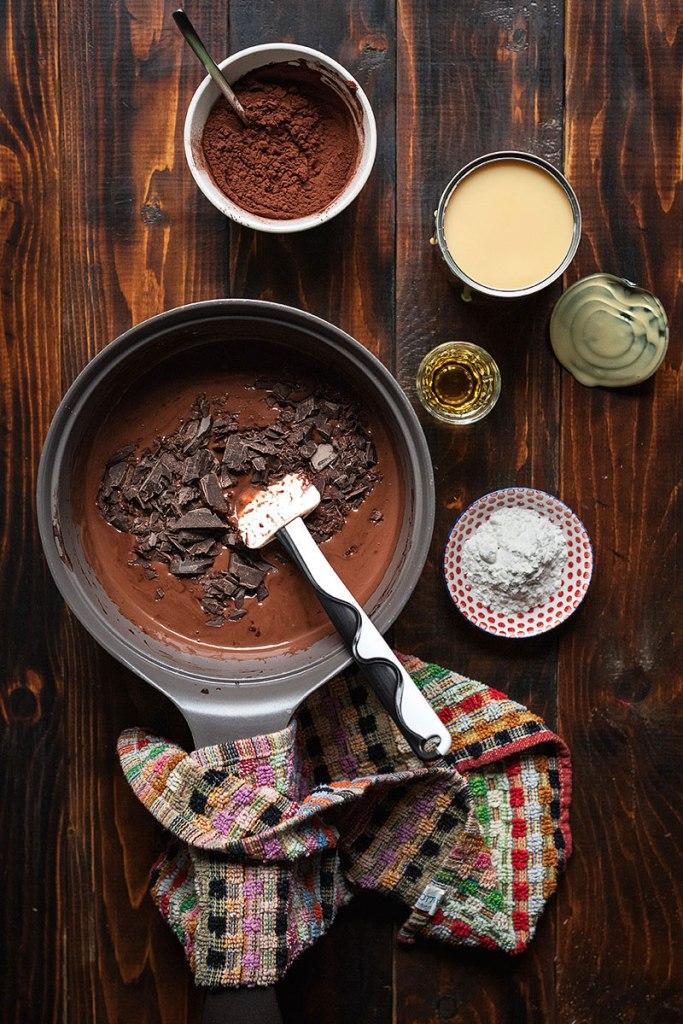 Σπιτικό παγωτό σοκολάτα (χωρίς αυγά και χωρίς παγωτομηχανή) 5