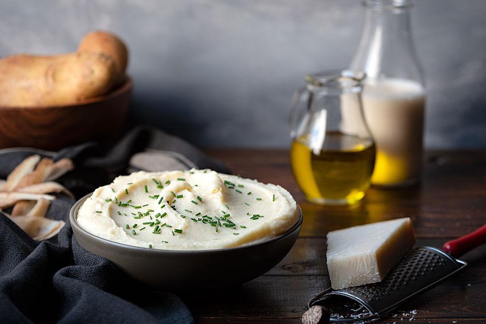 Εύκολος πουρές πατάτας με γάλα και παρμεζάνα 2