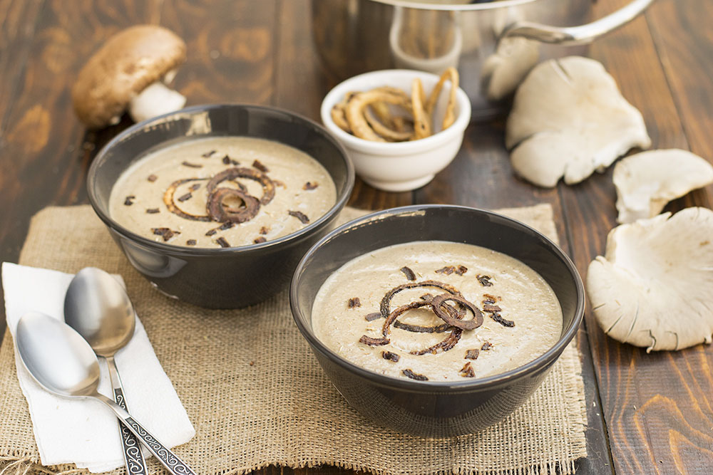 Creamy Italian mushroom soup with black garlic & porcini 3