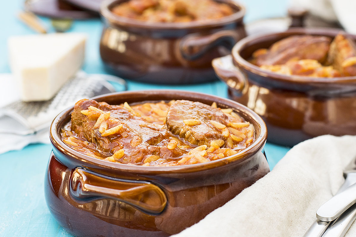 Greek beef stew with orzo pasta (Youvetsi) 3