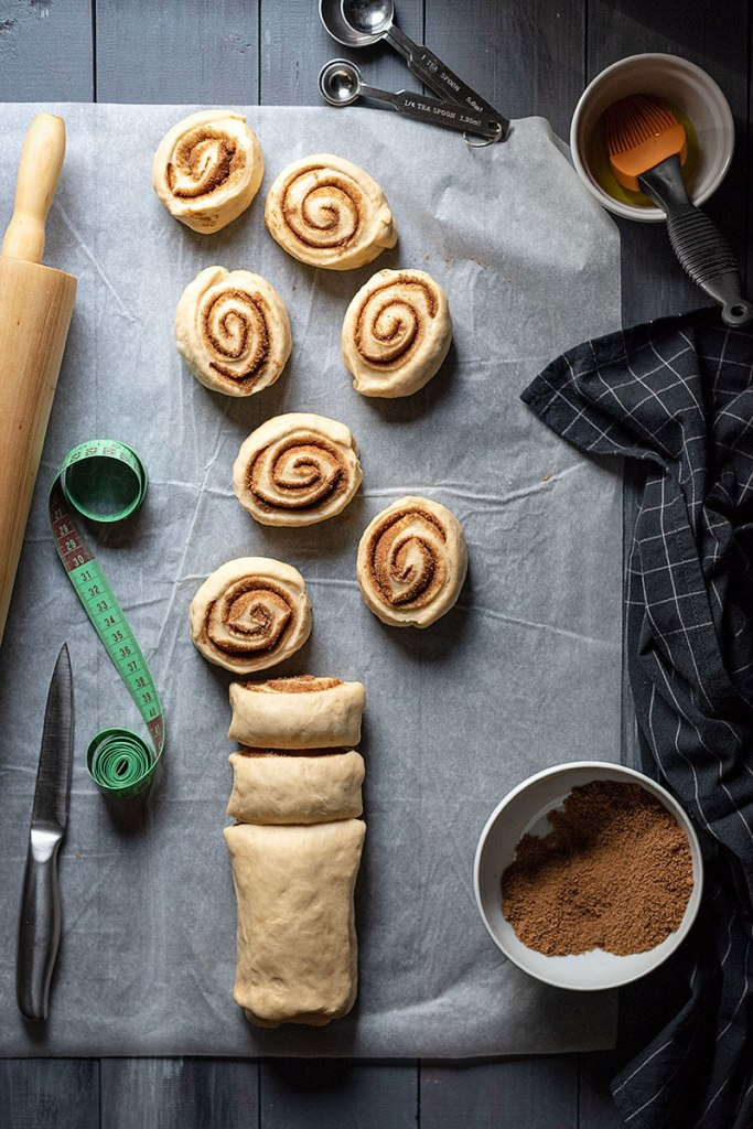 homemade cinnamon rolls recipe with the best icing