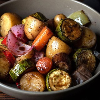 honey balsamic glazed roasted vegetables