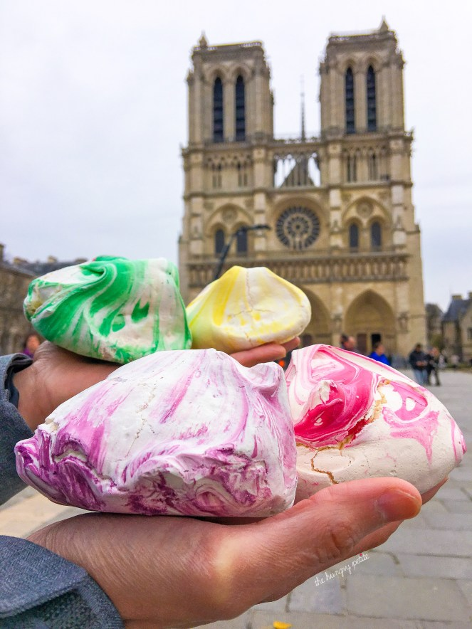 Meringues from Maison Georges Larnicol, 3€