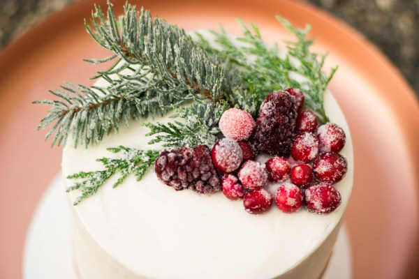 How to sugar branches and berries for cakes and cupcakes