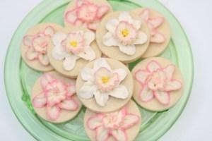 Buttercream daffodil tutorial
