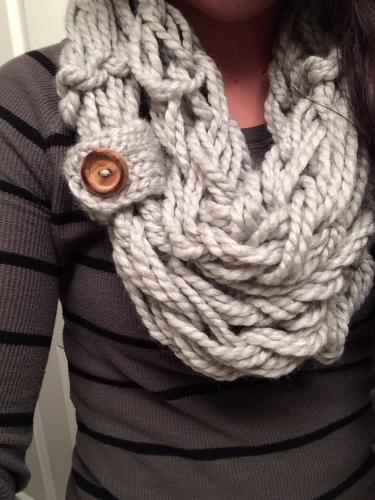 arm-knit-scarf-375x500