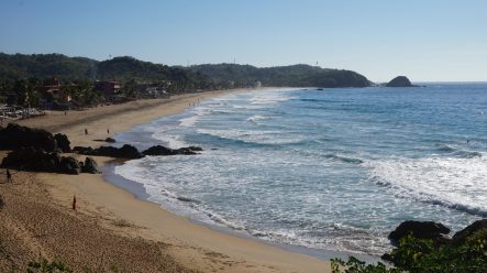 Zipolite beach - Wellness Travel