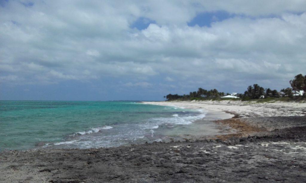 Wellness travel - the ocean in the Bahamas