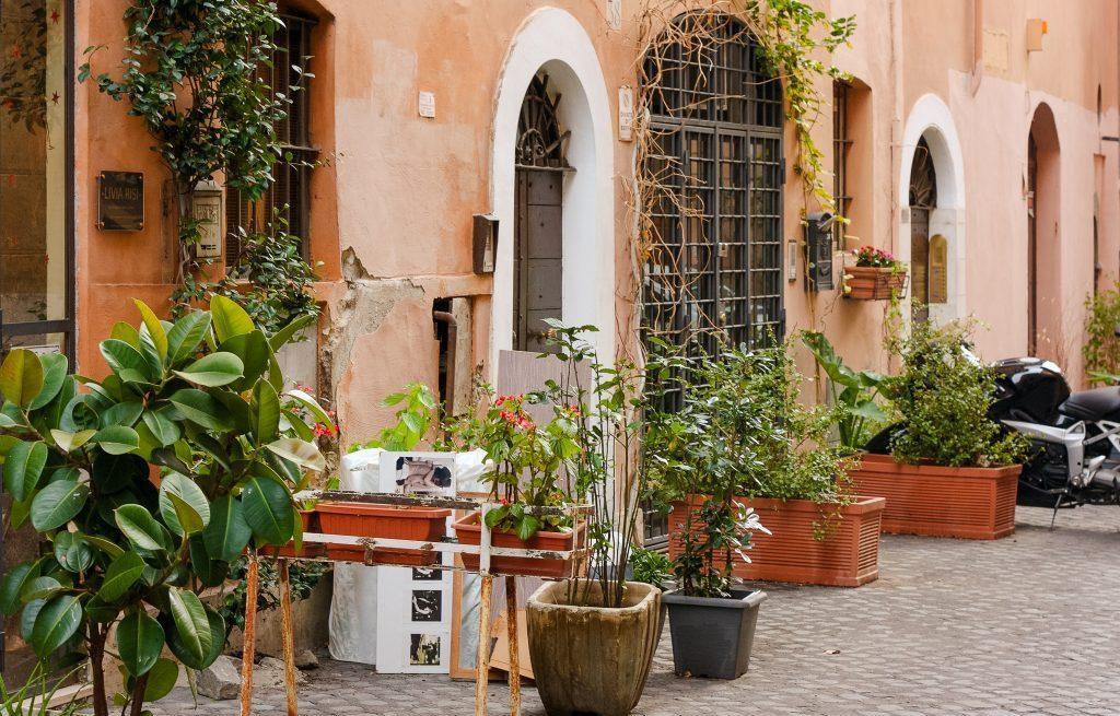 running in Rome, Italy, city running