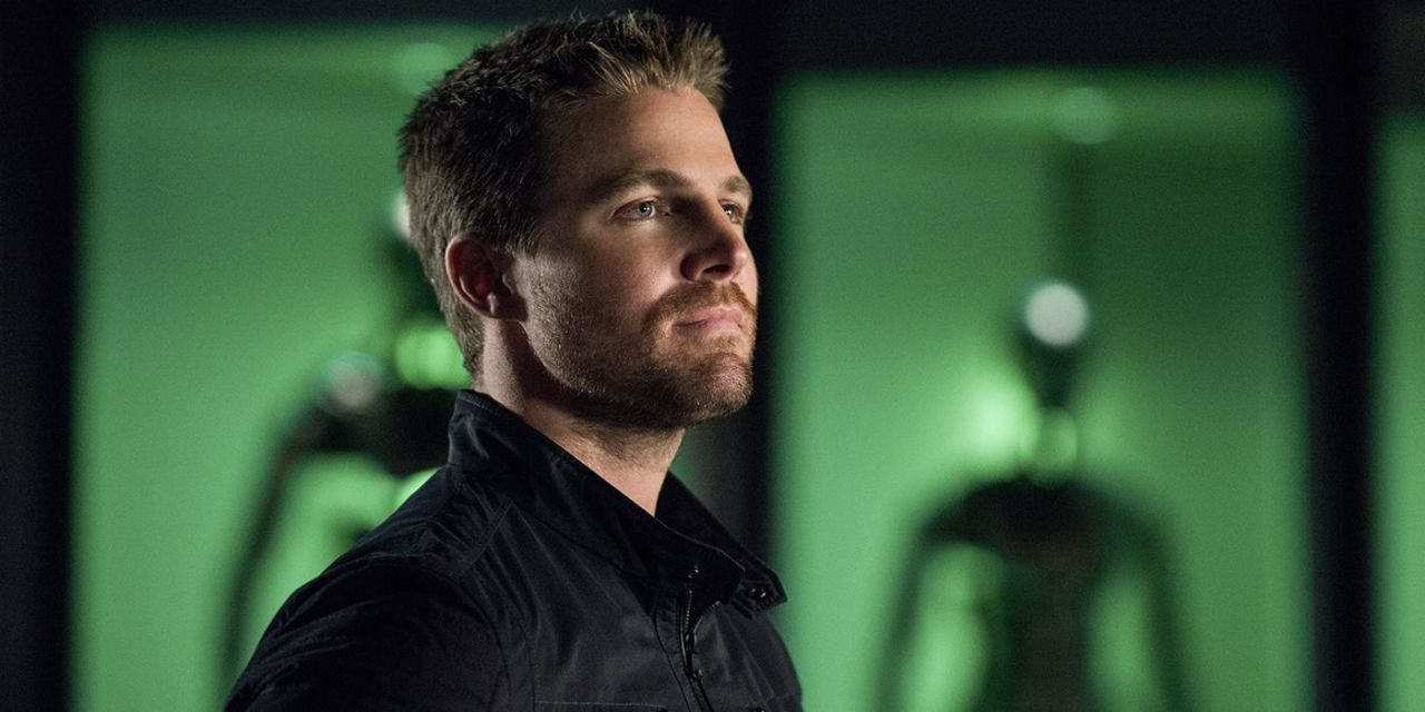 """Arrow's STEPHEN AMELL Gives Final Word On  ARROWVERSE: """"I'm Done"""""""