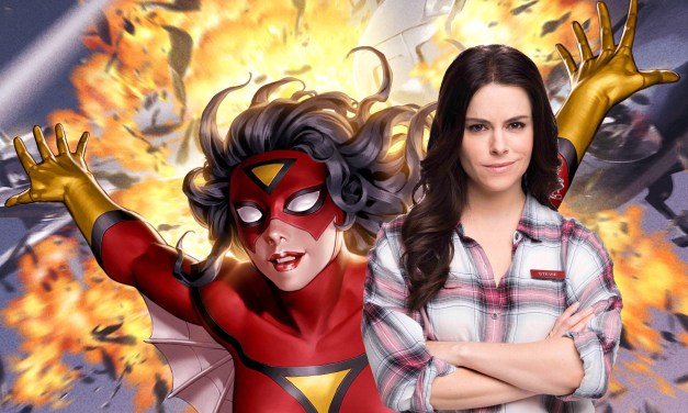 """Schitt's Creek's Emily Hampshire's Spider-Woman And She-Hulk Confession: """"I Would Be So into that"""""""