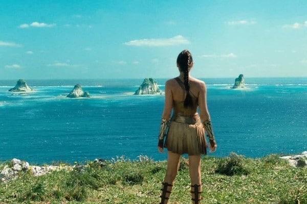 Wonder Woman Gal Gadot Themyscira Sea Cleopatra