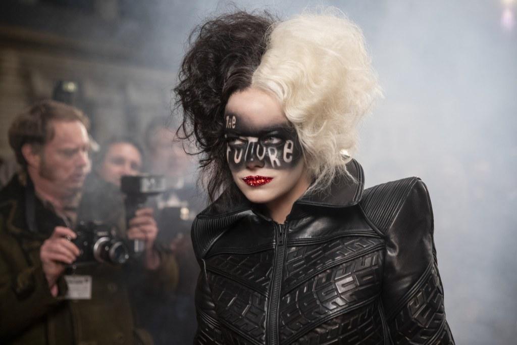 Cruella Star Emma Stone Explores Turning The Anti-Hero's Weaknesses Into Strengths In New Film - The Illuminerdi