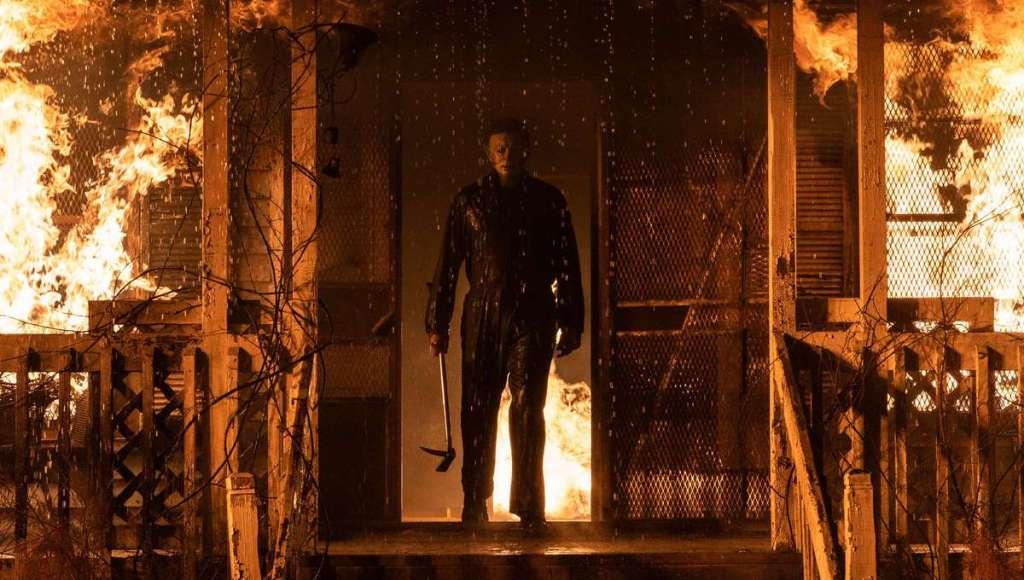 Halloween: Someone Walked Along A Texas Beach Dressed As Michael Myers - The Illuminerdi