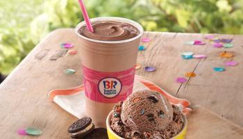 FAST FOOD NEWS Baskin Robbins Oreo Birthday Cake Ice Cream
