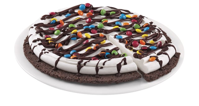 Dairy Queen Treatzza Pizza
